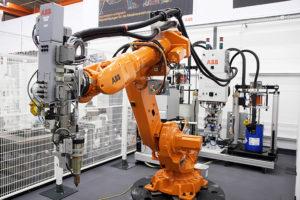 Использование роботов на промышленных предприятиях